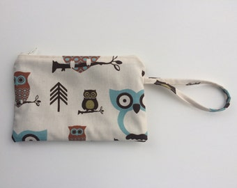 Owl wristlet, owl zipper pouch, iphone wallet case, zipper clutch