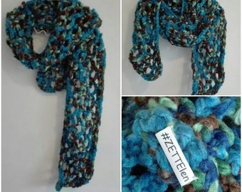 Long scarf in green, blue and Brown