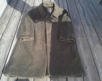 Vintage coat  Burberry  Tweed Wool Overcoat men's size 38R Made in England