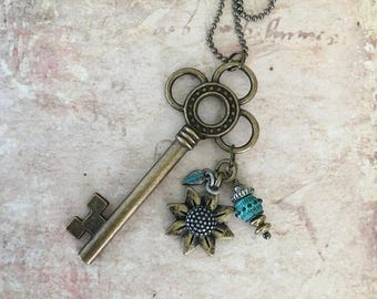 Skeleton key pendant necklace
