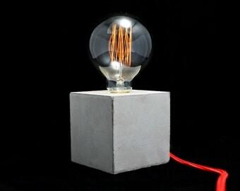 READY TO GO: Kubik concrete lamp, table lamp,desk lamp, modern, minimalist design, light dimmer, decorative lamp, beton lampe, lumière béton