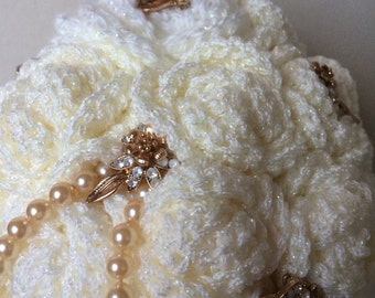 Cream crochet bouquet