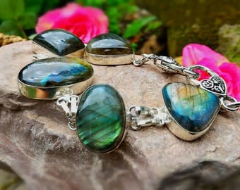 Bracelet with Labradorite stone excellent for protection.