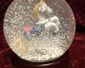 ON SALE Vintage Circus Horse Snow Globe