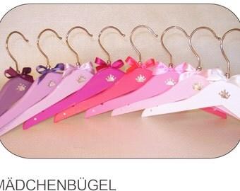 32 Hanger for girls