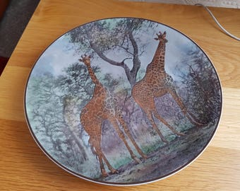 Royal Doulton Series Ware AFRICAN SERIES GIRAFFES Plate