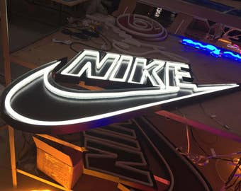 Custom Led neon signs with acrylic  or metal base-factory price