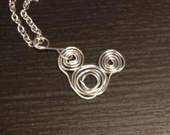 Disney Wire Mickey Swirl Silver Necklace