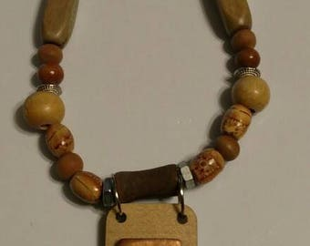 Wooden beaded necklace with rectangle pendant