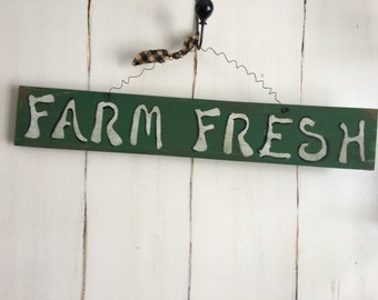 Farm Fresh Sign/ Farmhouse/Handmade Wood Craft/Primitive Sign