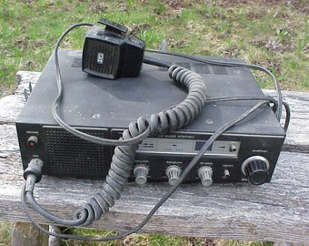 c1988-89 Realistic CB Base Station TRC-433 Model 21-1547 , Tested and Works Great, Vintage Ham CB Radio, Great Man Cave Decor