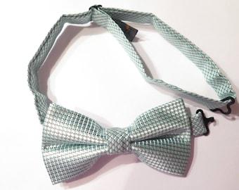 Tiny Many Adult size 'Pastel Green' bow tie
