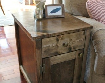 Farmhouse End Table with Drawer and Cabinet Door
