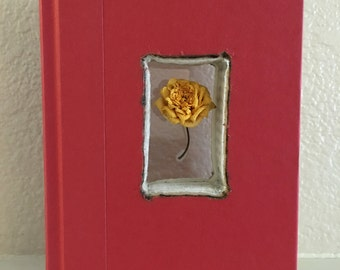 Mini yello rose Artbook
