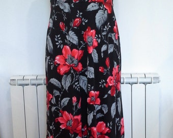 Stunning black red and silver maxi dress fully lined