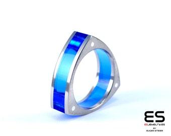 Ring handmade titanium blue plexiglass plexi rivets acrylic triangle titan Titanio