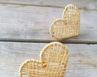 Woven heart earring