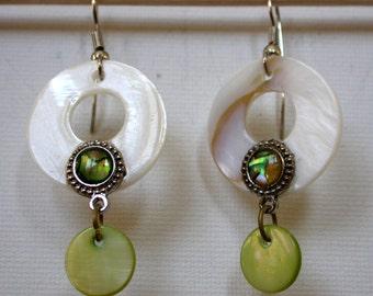 Earrings pearly