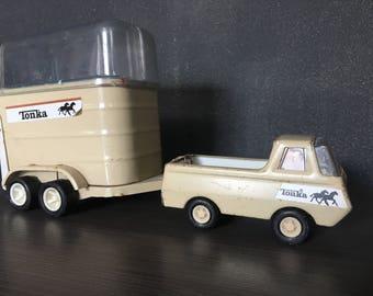 Petit camion jouet tonka, objet de collection, metal / Small tonka toys, vintage truck, old toys, steel