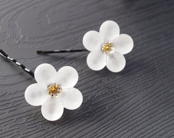 Snow flower hairpin. Glass hairpin. small hairAccessories. White hairpin. 1set 2pieces.
