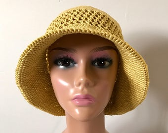 Sunhat/Bucket hat/brimmed summer hat/ cloche/Lightweight sun hat.  100% Cotton.