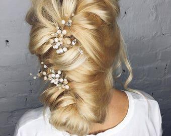 Bridal Hair Pins Powder Nude Hair Pin Wedding Hair Accessories Nude Hair Pins Ivory Crystal Hair Pins Petite Floral Pins Powder beige pin