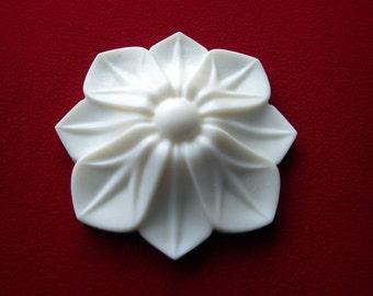 Decorative Flower Resin Applique - Furniture/Door Moulding - Onlay