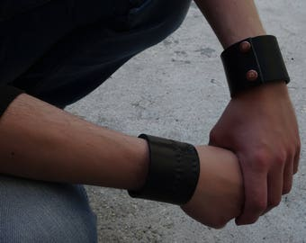 Serious black leather Cuff Bracelet
