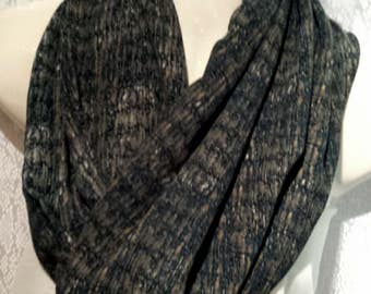 Teal mobius scarf