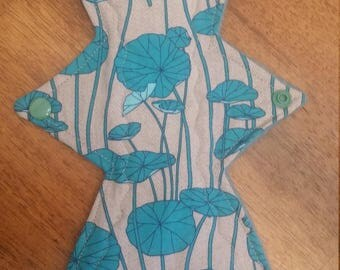 "12"" lilypad cloth pad"