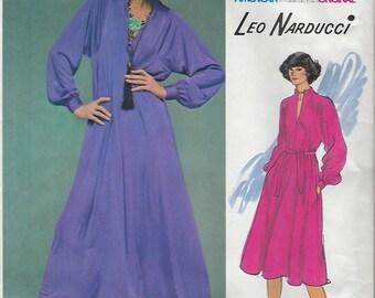 1970s Leo Narducci Vogue American Designer Original Dress 1388 Sewing Pattern Bust 36