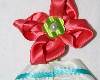 flower shaped bow