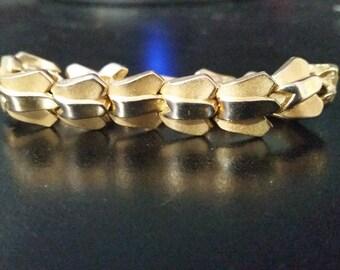 Vintage Estate Mid Century Crown Trifari Signed Two Gold-Tone Tulip Link Bracelet
