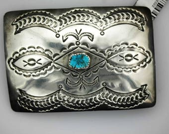 Vintage belt buckle.,Kingman turquoise. 3 x 2 inches. Will fit on a 1 1/2 inch belt