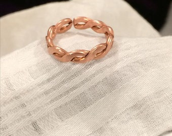 Womens Twisted Copper Ring