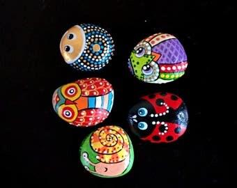 Combo of 5 animals hand painted stones // animals rock art // miniature painted