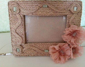Braided wooden photo frame with fabric flowers