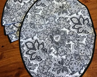 Black Paisley Print Oval Placemat and Napkin Set