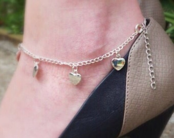 Heart charm silver tone anklet