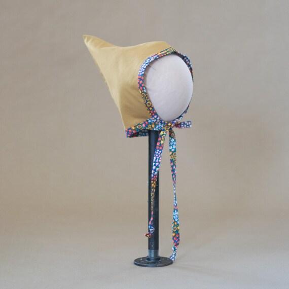 Pixie Bonnet // 004 Mustard Floral