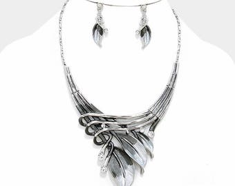 Etched Metal Feather with Rhinestone Accent Necklace Set