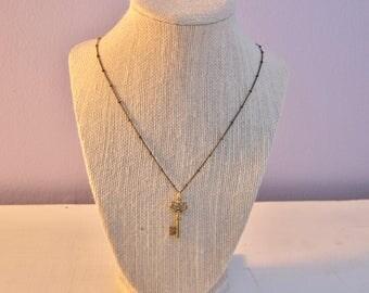 Skeleton Key Necklace - Gold Charm