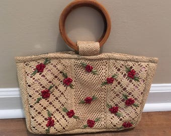 Vintage Straw Handbag with Red Raffia Flowers and Wood Handles