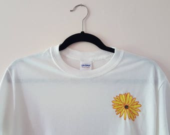 Daisy Embroidered White T-Shirt