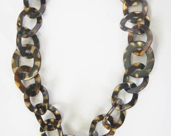 Buffalo horn chain necklace inspriration from leo pard skin collection - collier en corne corne de buffle