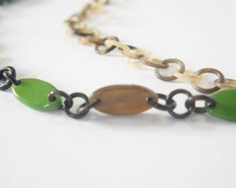 Charming multi strand horn and lacquer necklace - collier en corne corne de buffle