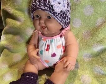 Newborn hat and bootie set