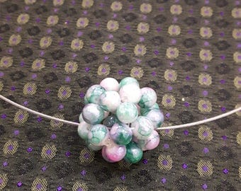 Hook necklace with ball beads