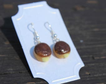 Donut Earrings - Boston Cream
