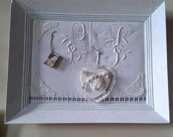 Table shabby chic, Monogram and deco retro frame white patinated wood.
